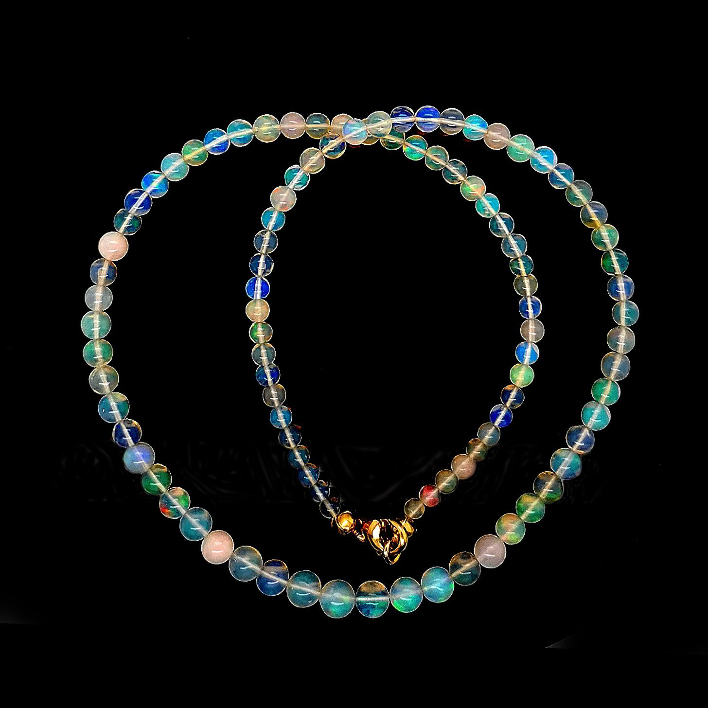 Kristallopal, weiß-opalisierend, Afrika, Kugel, ca. 35ct. Edelstein, Gelbgold 375/000, COLLIER, Sogni d´oro