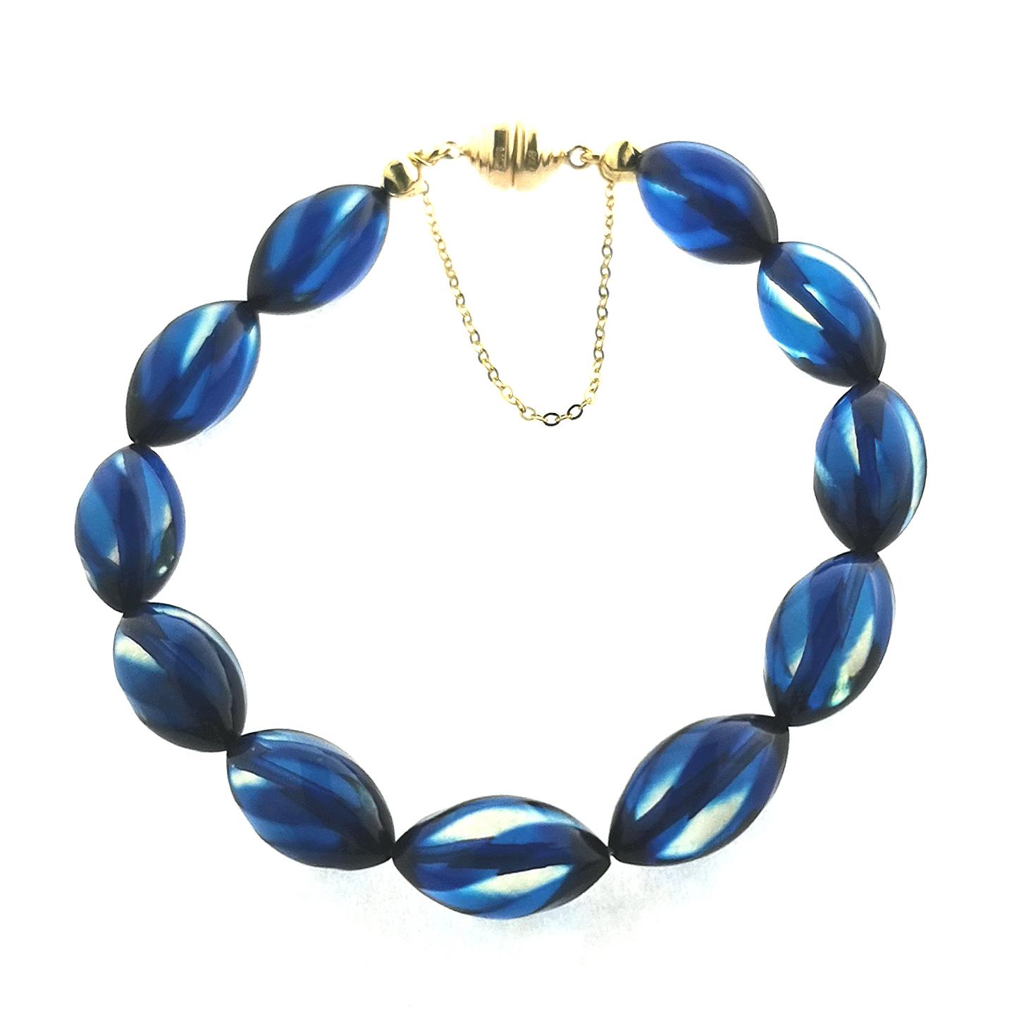 Bernstein / Copal beh. blau gesamt ca. 40 ct  Edelstein Armband mit Magnetschließe Carat 3000 375 Gelbgold, Sogni d´oro