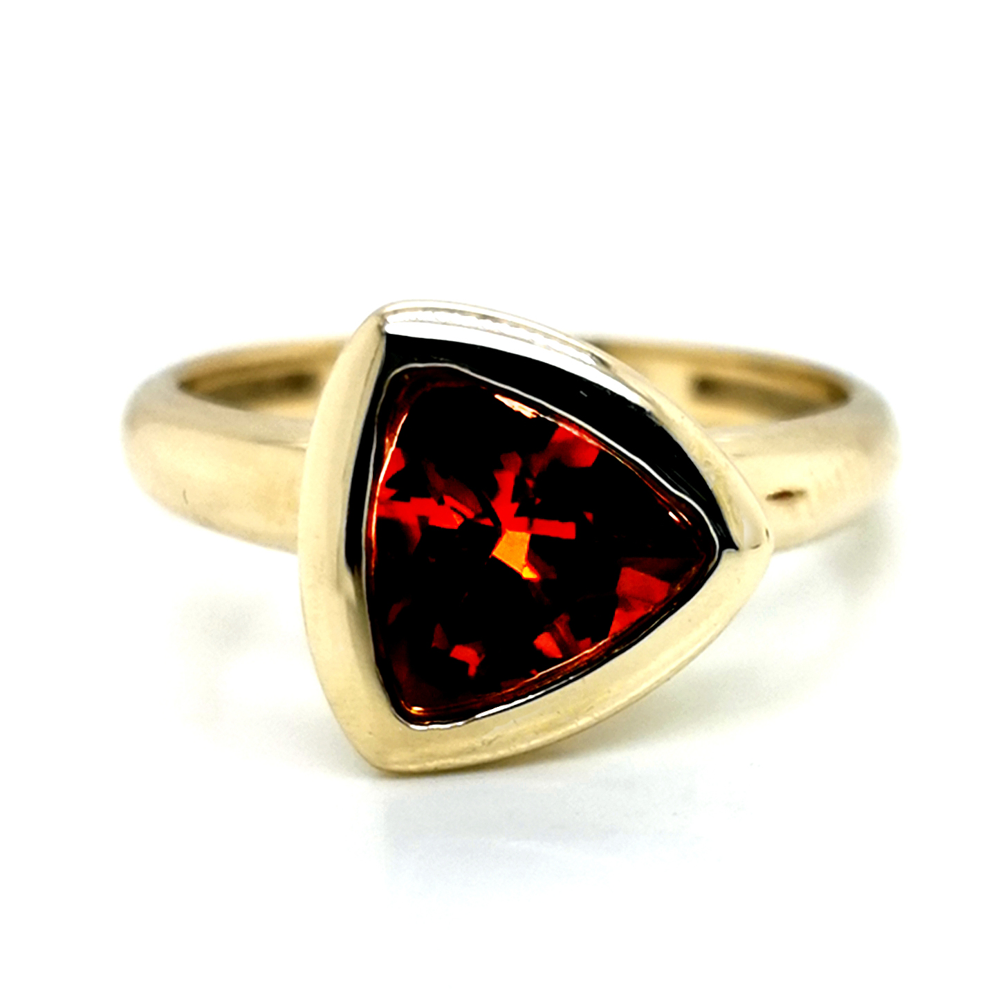 Andesin rot, facettiert, ca. 1,35 ct Edelstein, Ring aus 375 Gelbgold, Sogni d´oro