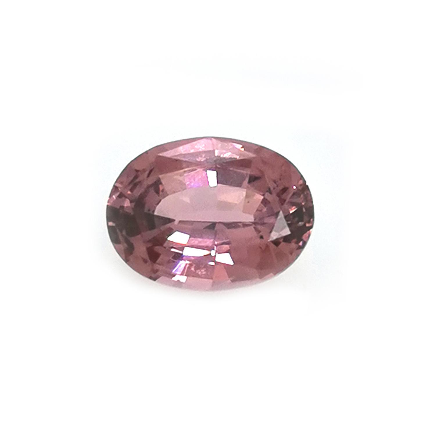Pink Malaya Granat  4,20 ct oval, facettiert Sammler Edelstein mit Edelsteinbericht